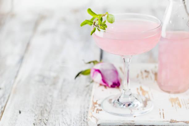 Heller rosa Rosencocktail – Foto