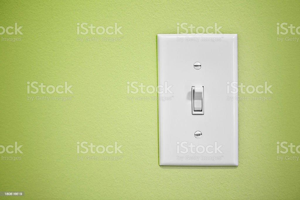 Lichtschalter auf grüne Wand – Foto