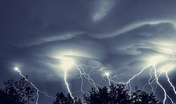 light up the night - extreme weather stock pictures, royalty-free photos & images