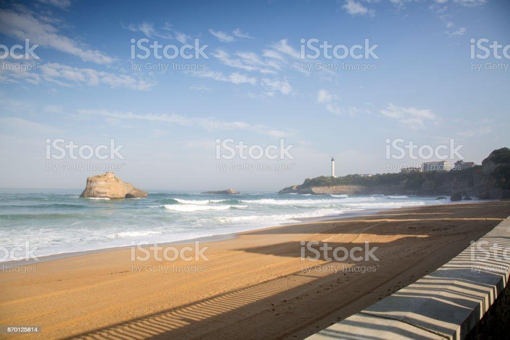 Phare et la plage de Miramar; Biarritz - Photo