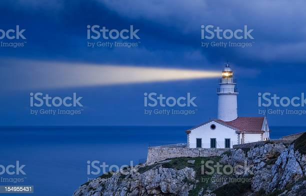 Lighthouse,cape lookout,night,beacon,historic - free photo