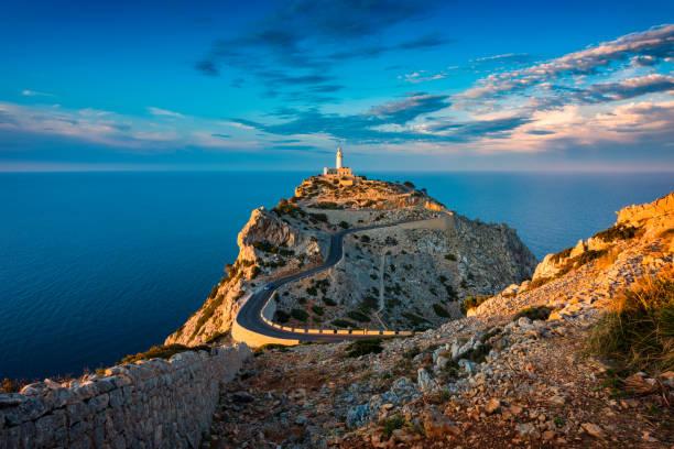Phare du Cap de Formentor Majorque Espagne au coucher du soleil - Photo