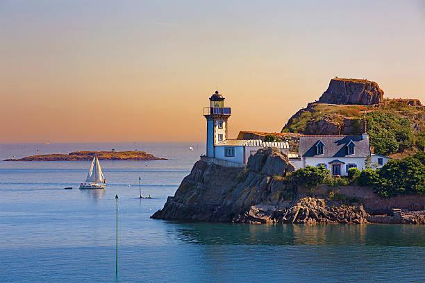 Phare de L'Île Louët, Bretagne - Photo