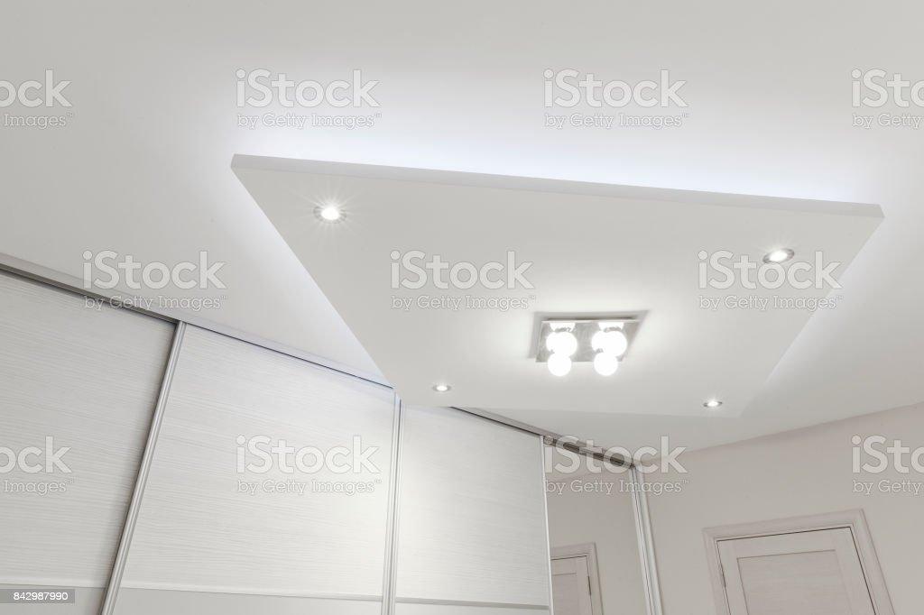 Beleuchtung im Schlafzimmer – Foto