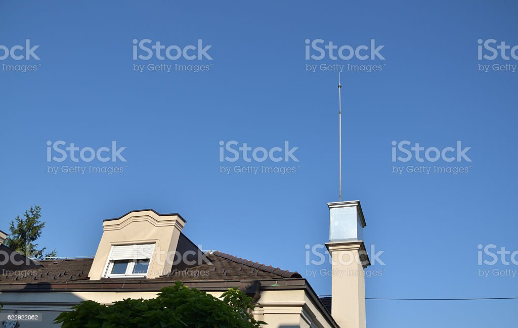 Lightning Conductor on Roof – Foto