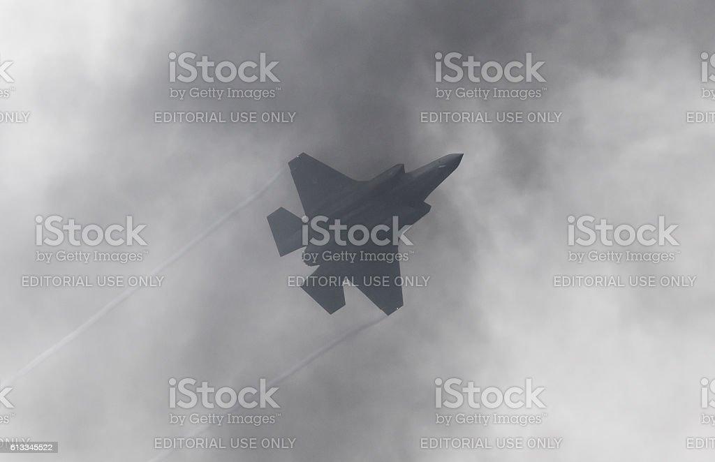 F-35 Lightning II flyby - foto de stock