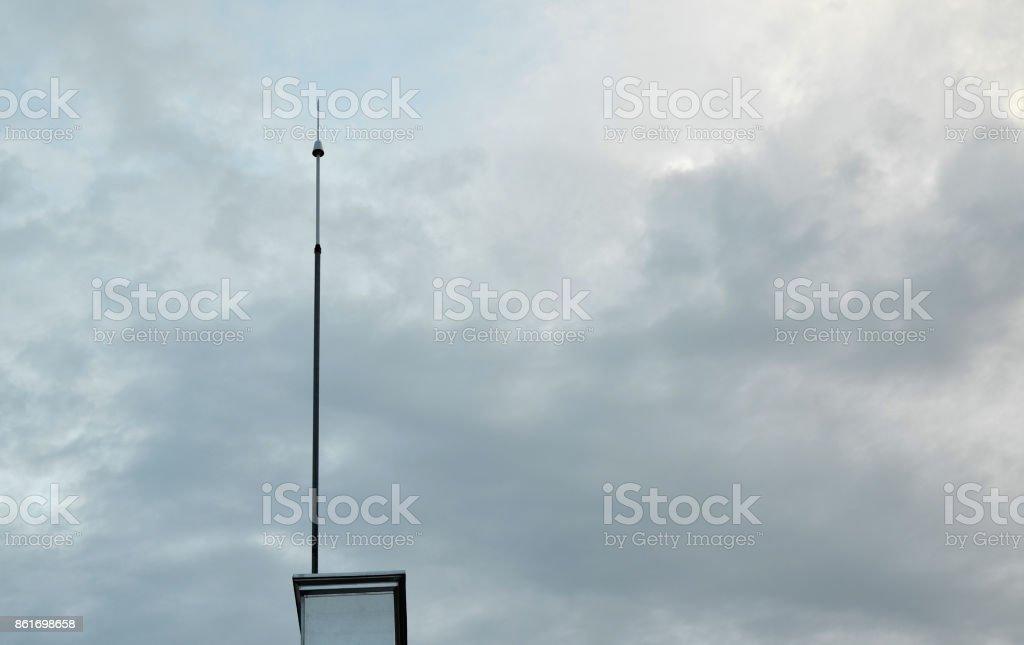 Blitzableiter und Himmel – Foto