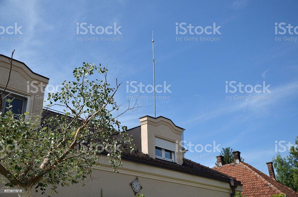Lightning Rod on Roof – Foto