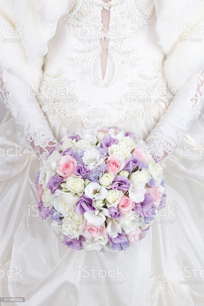 Lila Rosa Und Weissen Hochzeit Blumenstrauss Stock Fotografie Und Mehr