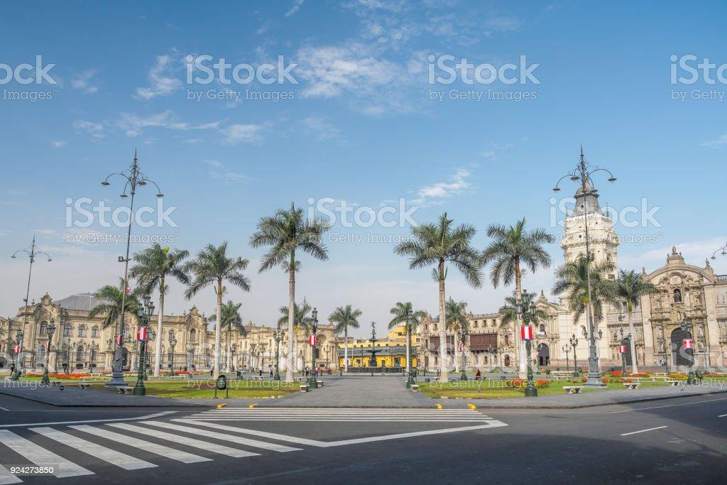 Lima Plaza de Armas mit der Kathedrale und der Regierung Palast von Peru. – Foto