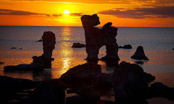 Kalkstein stacks bei Sonnenuntergang in Sweden.GN – Foto