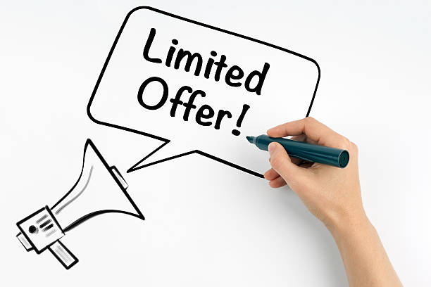 limited offer. megaphone and text on a white background. - sprüche zeit stock-fotos und bilder