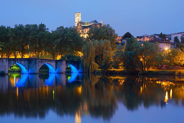 Limoges bei Nacht – Foto