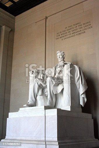 Lincoln Memorial in Washington, DC - Sculpture (1920) of Abraham Lincoln, United States President Abraham Lincoln (1809-1865) sculpted by Daniel Chester French