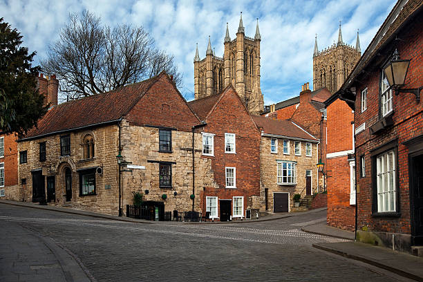 lincoln - norman house on steep hill - 林肯郡 個照片及圖片檔