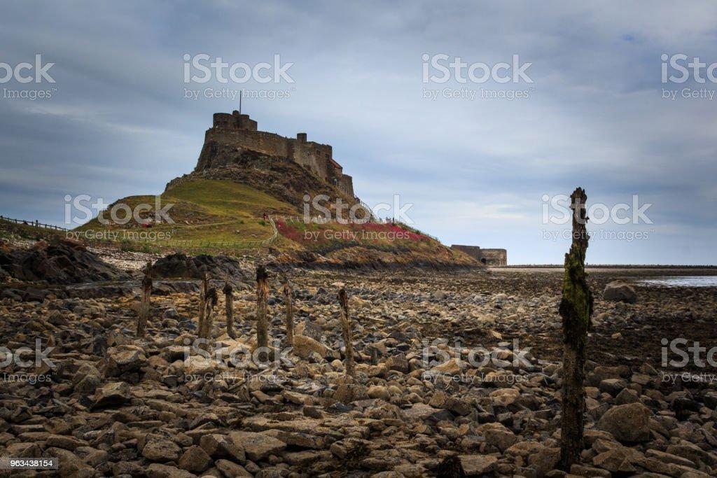 """Château de l """"île sainte de Lindisfarne - Photo de Angleterre libre de droits"""