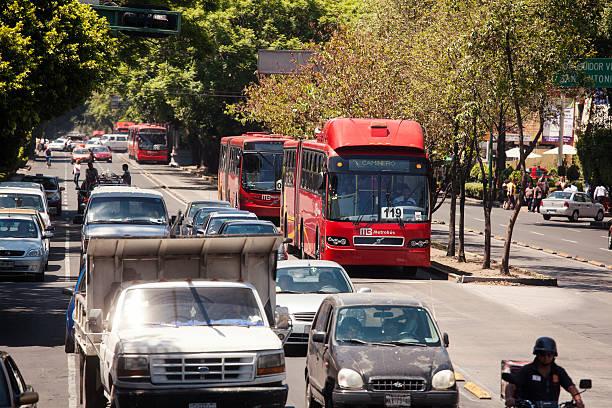 Linie 1 Bus in Mexiko Stadt – Foto