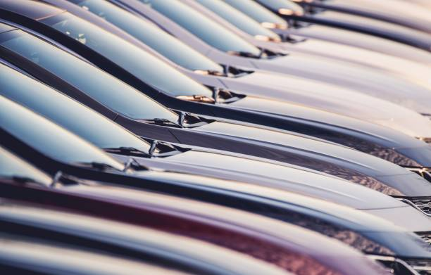 line of new vehicles for sale - used car selling stock pictures, royalty-free photos & images