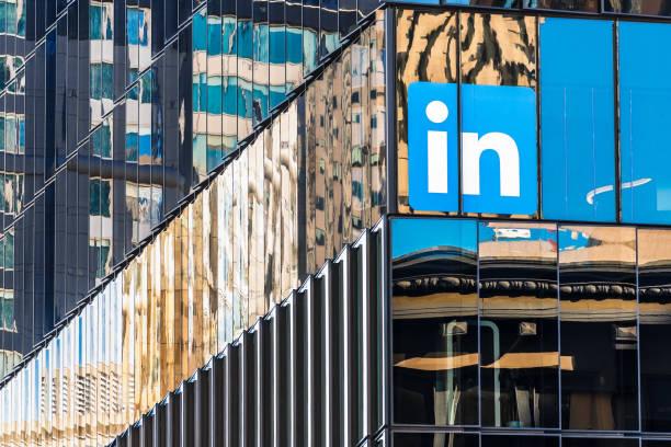linkedin huvudkontor i centrala san francisco - linkedin bildbanksfoton och bilder