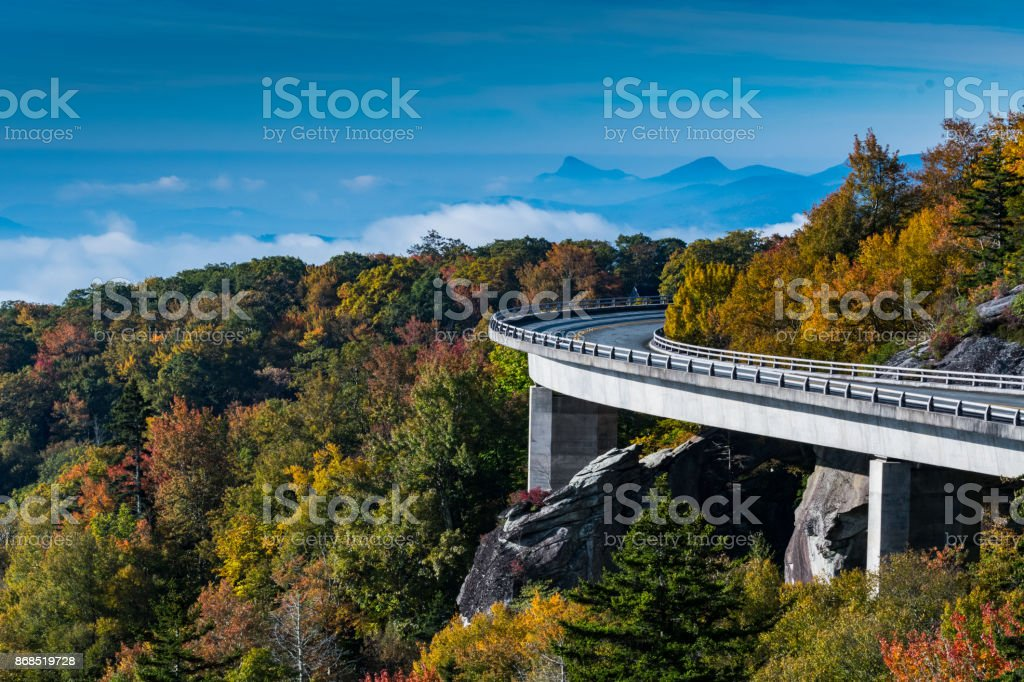 Linn Cove Viaduct Looking Out Over Mountains and Foggy Valley stock photo