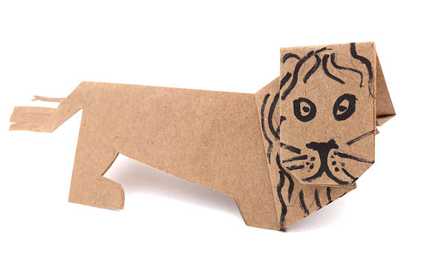 Lion origami picture id505081595?b=1&k=6&m=505081595&s=612x612&w=0&h=hdp4913zmqj9c85gzoakfrfaz1tqvymrfoi8oikfaqk=