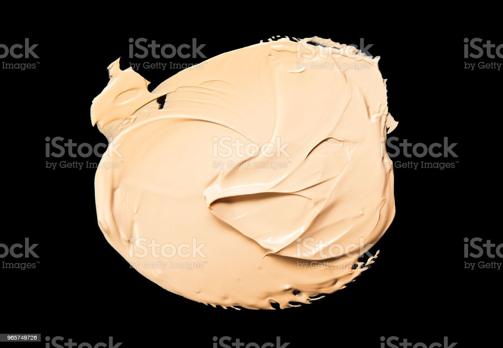 Vloeibare make-up Foundation zwarte achtergrond - Royalty-free Aaien Stockfoto