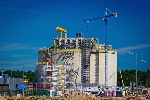 Liquid natural gas storage tank under construction