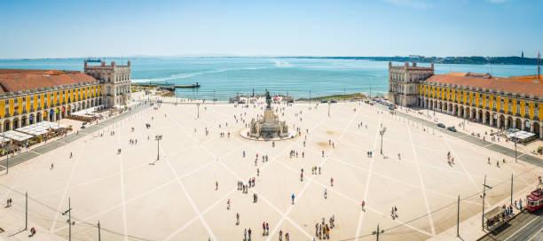 panorama lotniczych lizbony nad praco do comercio nabrzeżny plac portugalia - lizbona zdjęcia i obrazy z banku zdjęć