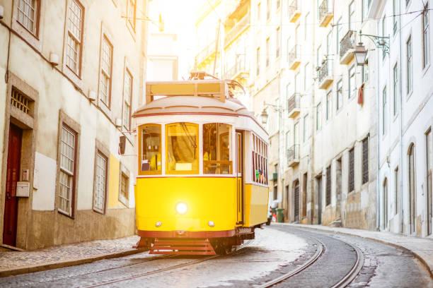 lisbon city in portugal - eletrico lisboa imagens e fotografias de stock