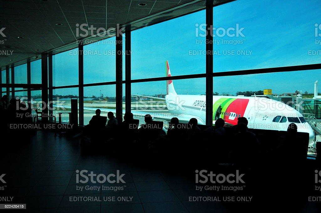 Aeroporto Internacional de Lisboa Terminal 1-TAP Portugal - foto de acervo