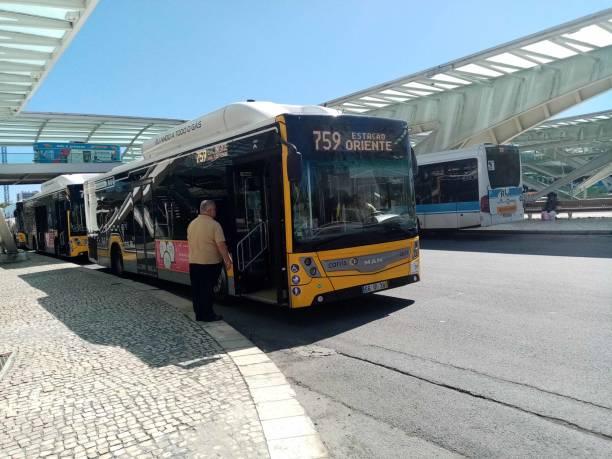 lisbon local bus at lisbon oriente train station in portugal - resultados lisboa imagens e fotografias de stock