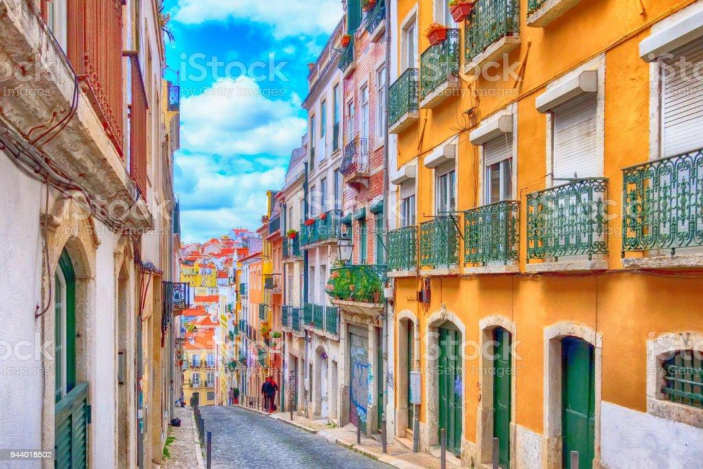Lisbon, Portugal city street view - Zbiór zdjęć royalty-free (Alfama)