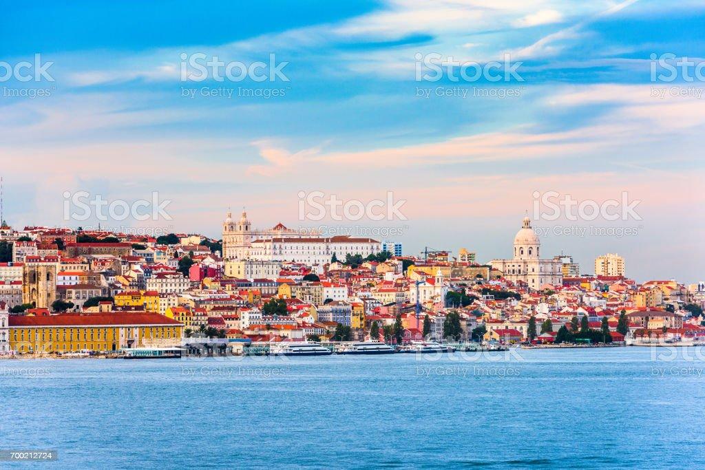 Lisbon, Portugal on the River - Zbiór zdjęć royalty-free (Bez ludzi)
