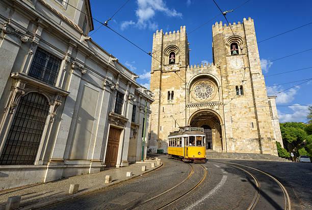lisbon, portugal - spårvagn bildbanksfoton och bilder