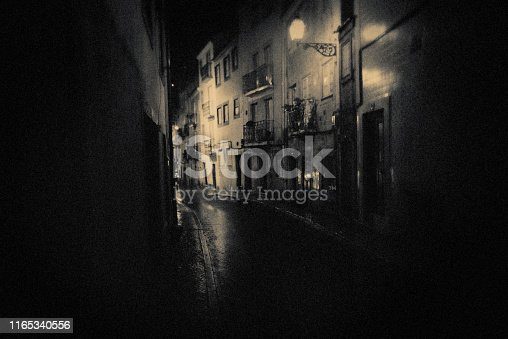 Lisbon, night, dark, rough, individuality, city, street, architecture, vintage,