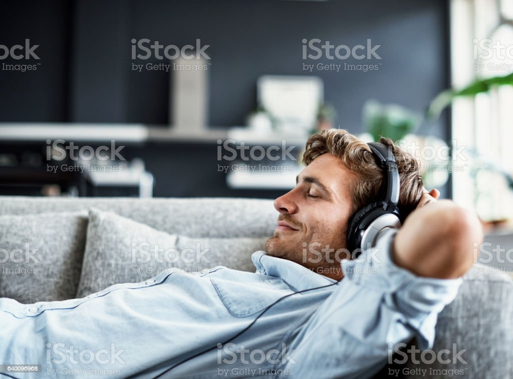 Listening to some relaxing music - Lizenzfrei Augen geschlossen Stock-Foto