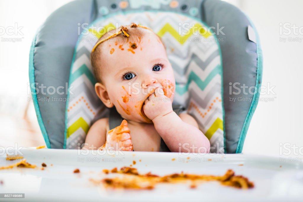 src=https://media.istockphoto.com/photos/little baby eating her dinner and making a mess picture id852749586?k=6&m=852749586&s=612x612&w=0&h=8acGC RWMsKyGy3WO9h8Ez9o4PDh3i62LA1r5VlSZhg= Bayi 2 Bulan SENGAJA Diikat, Diberi Bubur & Air Oleh Ibu Bapa Sendiri!
