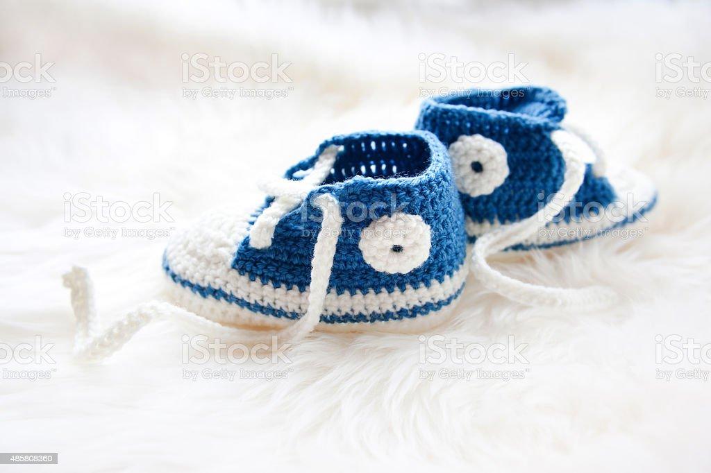 Fotografía de Poco De Zapatos De Bebé Handknitted Primera Zapatillas ...