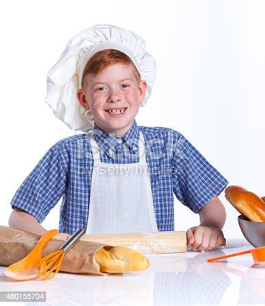 istock Little baker 480155704