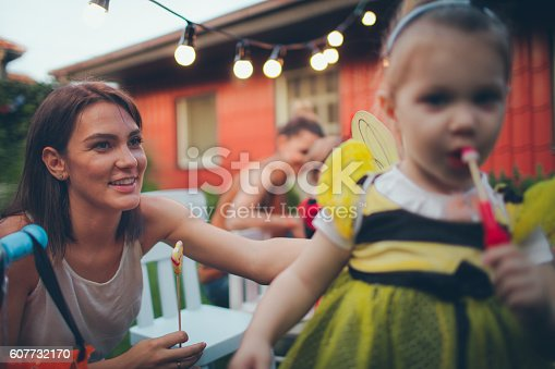 istock Little bee and her mom in the Halloween night 607732170
