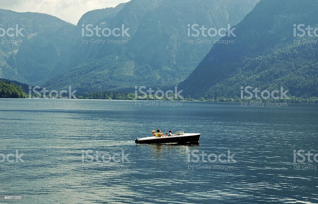 Kleines Boot in Lake – Foto