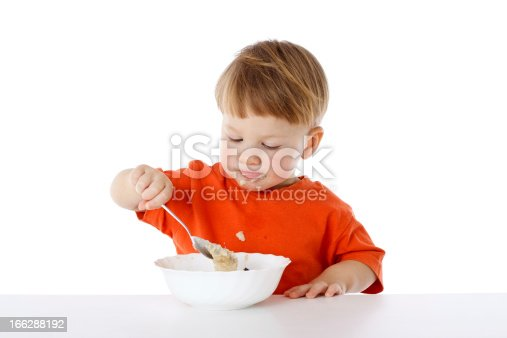 istock Little boy eating the oatmeal 166288192