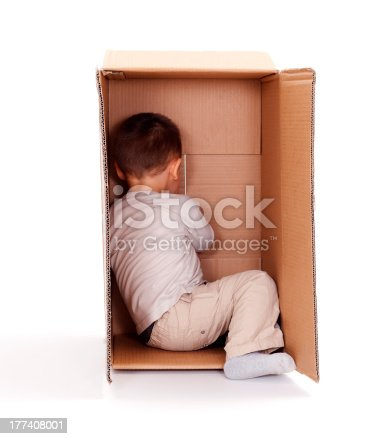 istock Little boy hiding in cardboard box 177408001