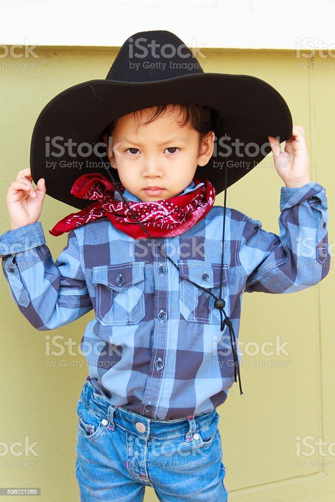 Ragazzino in costume da cowboy - foto stock