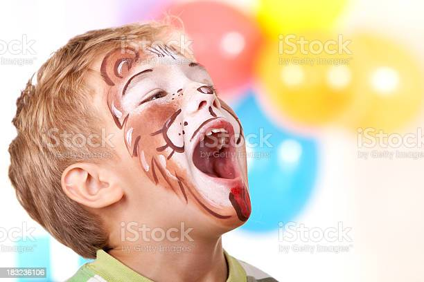 Little boy with lion face paint on birthday party picture id183236106?b=1&k=6&m=183236106&s=612x612&h=vnddwbujlo0lh76ho49dcu2tafz6khnwy30g81 stay=