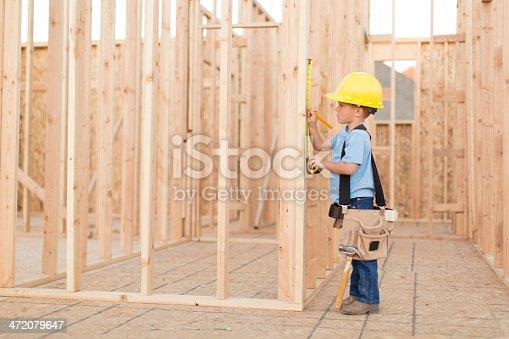 istock Little Builder 472079647