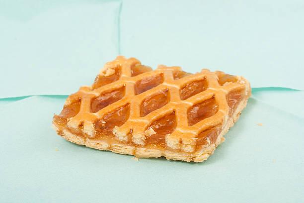 kleine kuchen - obst kalorien stock-fotos und bilder