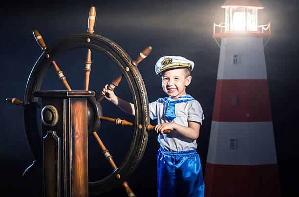 little kapitän - matrosin kostüm stock-fotos und bilder