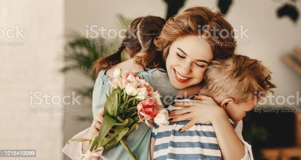 Little children congratulating and hug mother in kitchen picture id1215410099?b=1&k=6&m=1215410099&s=612x612&h=js6q7uei1kzkmspdkdikf70ovwxd9j5 tdgvmcmjq 0=