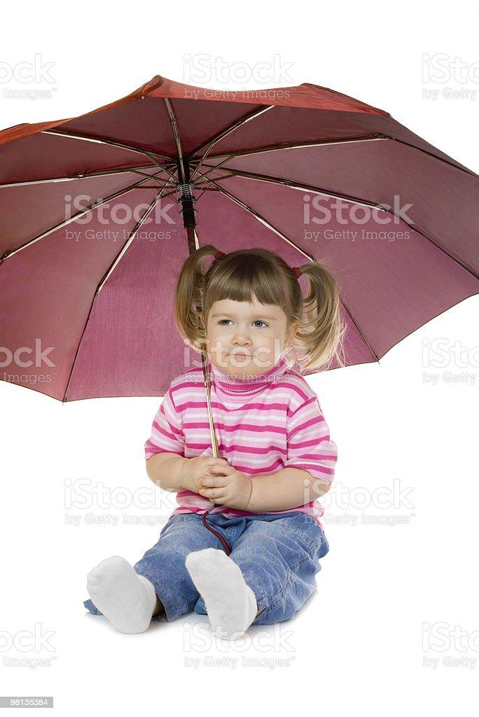 어린 소녀 재미있는 있는 우산 royalty-free 스톡 사진